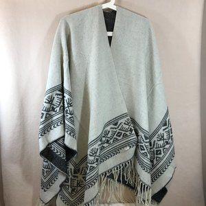 Reversable Soft Shawl Wrap Cape Women's M/L